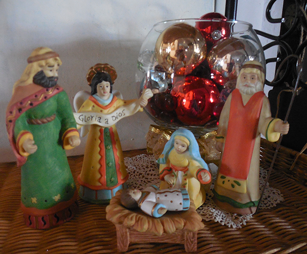 Bisque Nativity – Mexican Folk Art