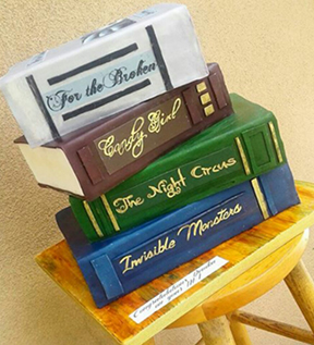 A cake for the bookish